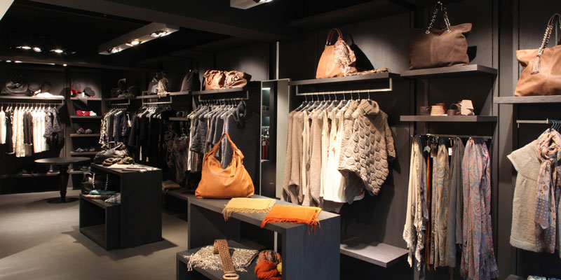 Store Furnishings 2: shelves and wardrobe Faar-FabbroArredi